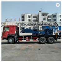 Hydraulic truck mounted water well drilling rig
